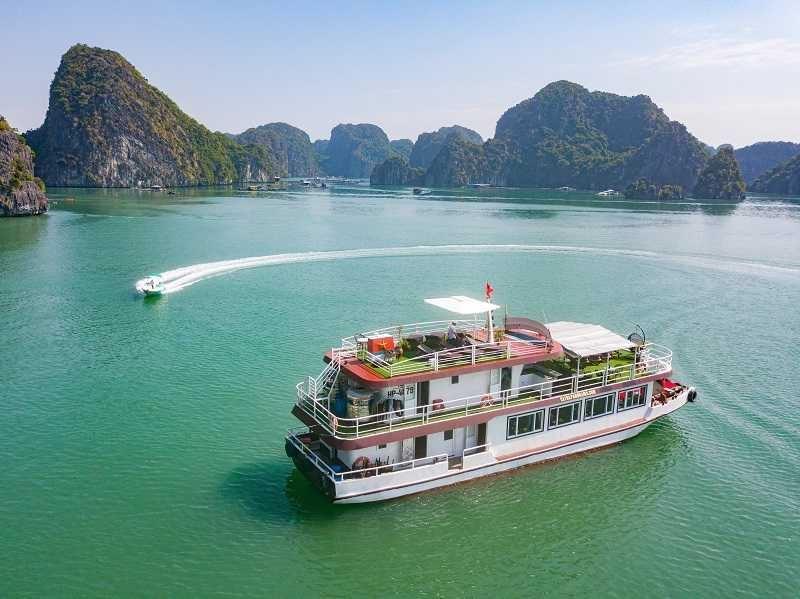 Vịnh Lan Hạ - hang Sang, Tối - Làng Việt Hải 1 ngày