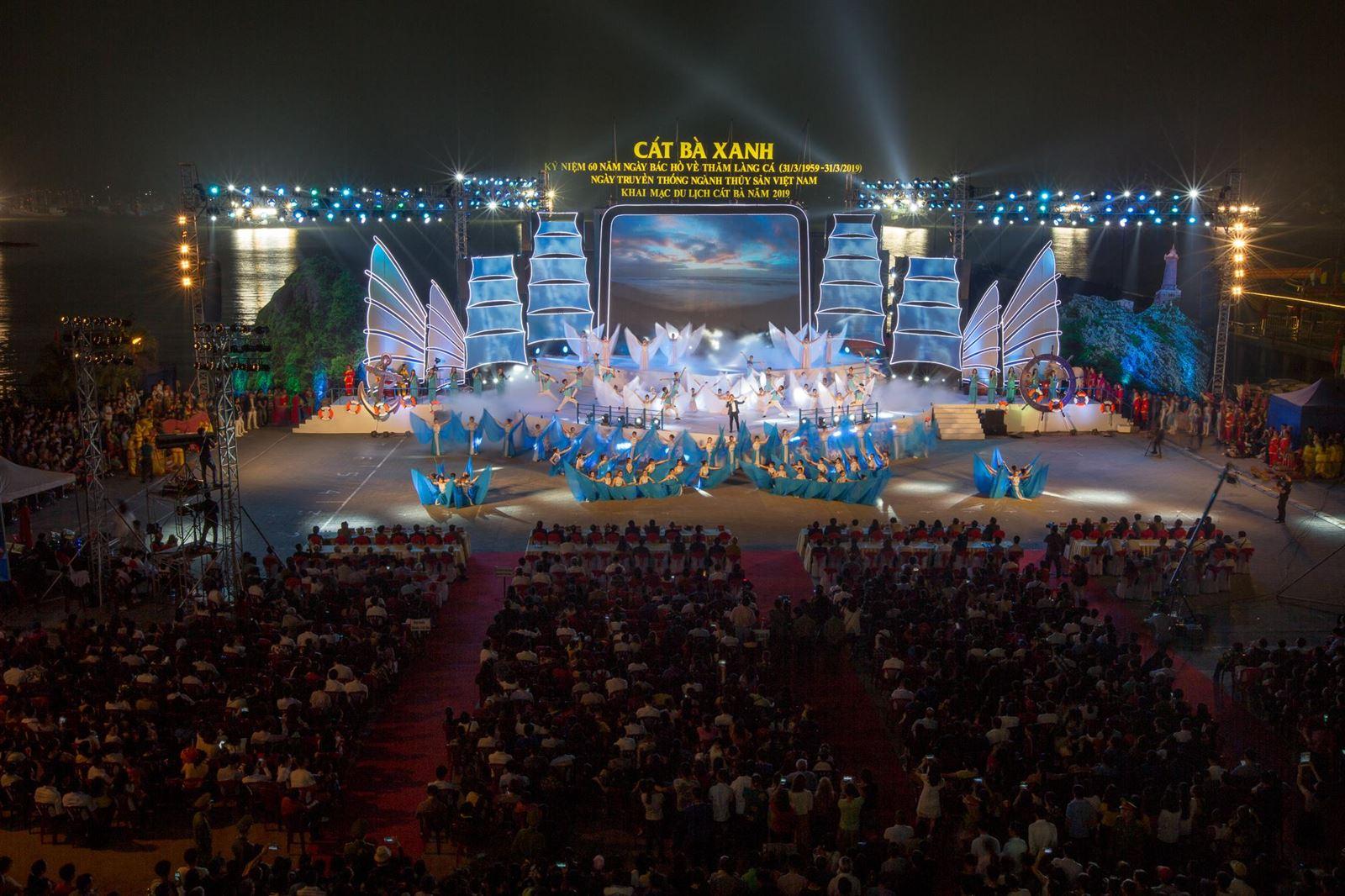 Hình ảnh lễ hội tại huyện Cát Hải